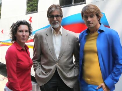 Amitabh Bachchan (m) - Anouk (l) - Maarten (r)