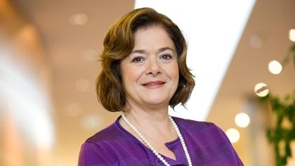 Claire Dorland Clauzel - by CoolBrandsPeople Membre du Comité Exécutif du Groupe Michelin
